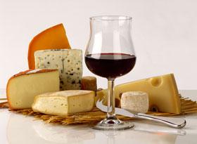 plateau-de-fromage-et-vin-zFR146